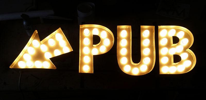 custom pub signs